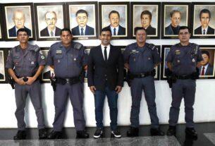 Homenagem a policiais militares na Câmara de Mogi das Cruzes