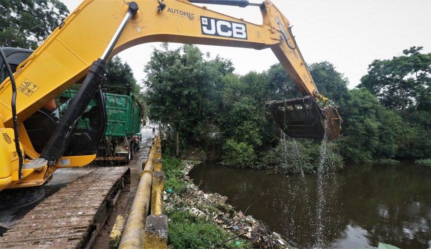 Limpeza do Rio Tietê em Mogi das Cruzes