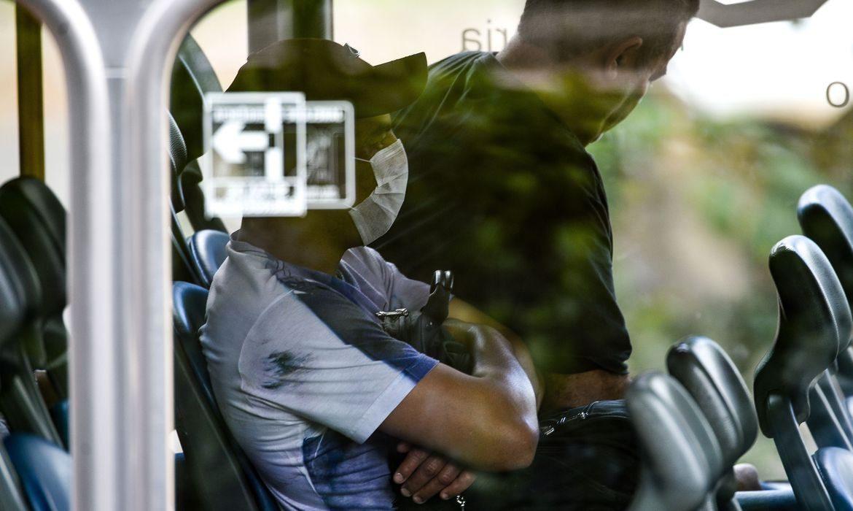 Máscara no transporte público