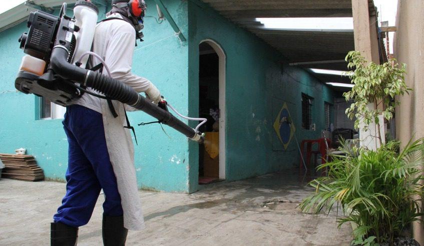 Nebulização contra a dengue