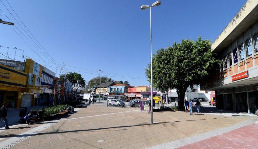 Praça Sacadura Cabral no Centro de Mogi